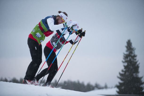 Urheilijat tekivät perjantaina Virossa suksitestejä.