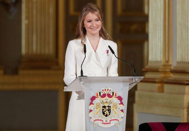 Belgian kruununprinsessa Elisabeth täytti 18 vuotta.