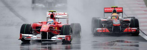 Fernando Alonso voitti kolme vuotta sitten Ferrarilla sateisen Korean GP:n. Nyt voi sataa vielä enemmän.
