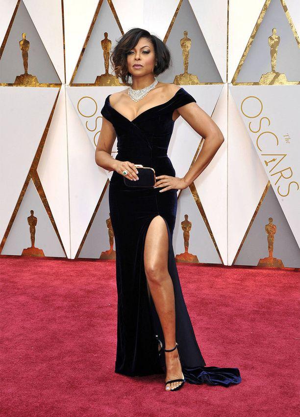Taraji P. Henson näytti mallia tämän vuoden Oscar-gaalassa.