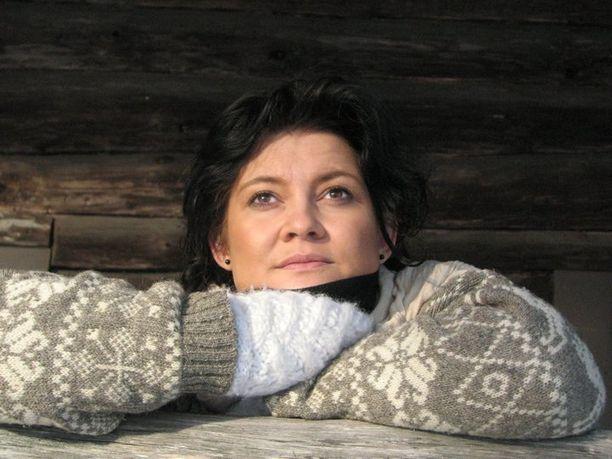 Elina Pohto sairastui vuosi sitten krooniseen kipusairauteen. Kuva on otettu reilu vuosi sitten, ennen hänen sairastumistaan.