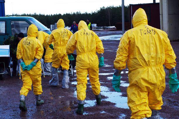 Ruotsista nyt löydetty lintuinfluenssa tarttuu erittäin helposti.