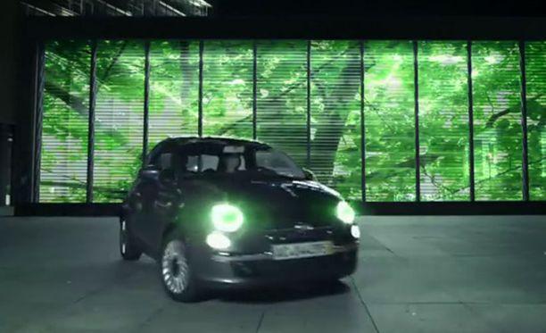 Autoon saa nyt uudet ajovalot monessa eri värissä.