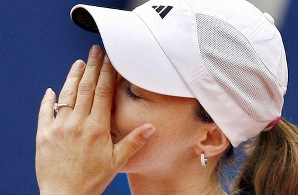 Martina Hingis menetti tärkeän turnauksen loukkaantumisen takia.