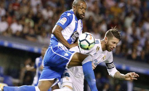 Sergio Ramos laputettiin punaisella ulos heti avauskierroksella.