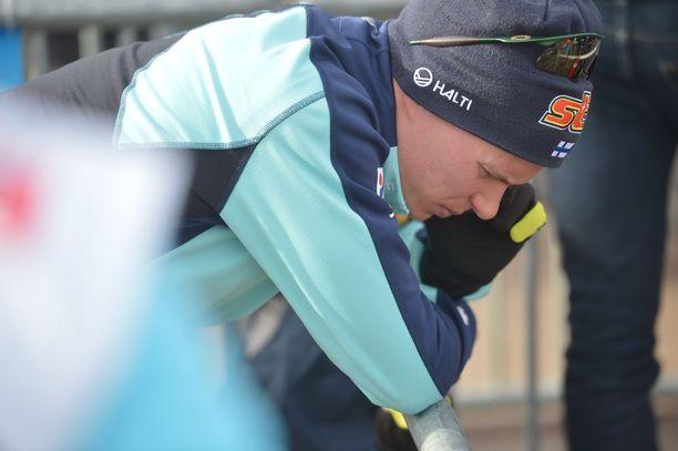 Matti Heikkinen keräsi itseään ennen suuresta päätöksestään kertomista.