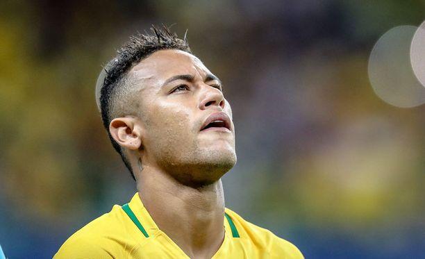 Neymar on olympialaisissa Brasilian jalkapallomaajoukkueen suurin tähti.