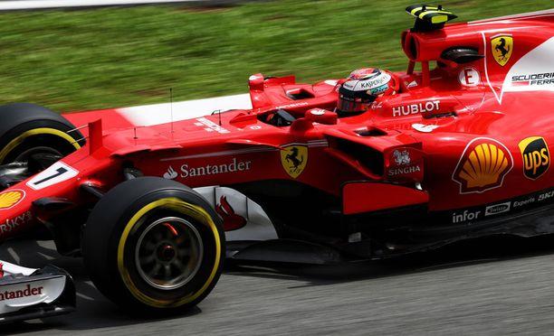 Kimi Räikkönen löysi vauhdin Sepangin radalla.