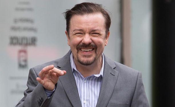 Brittikoomikko Ricky Gervais on tunnettu vitseistään, jotka loukkaavat Hollywood-tähtiä. Mitenköhän kävisi ohjaaja Klaus Härön?
