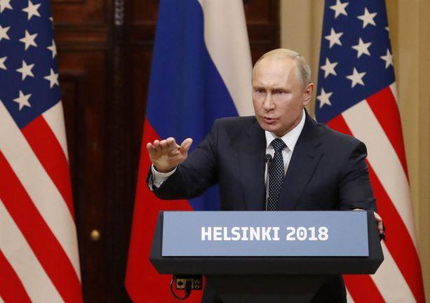 Venäjän presidentti Vladimir Putin pyysi toimittajaa esittämään yhdenkin faktan sen puolesta, että Venäjä on sekaantunut Yhdysvaltain vaaleihin.