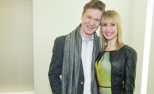 Toni ja Heidi Niemisen uusperheeseen kuuluu vauvan synnyttyä viisi lasta.