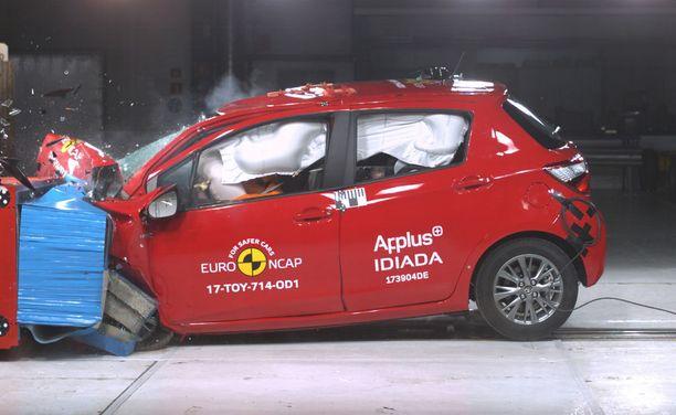 Toyota Yaris säilytti viisi tähteään.