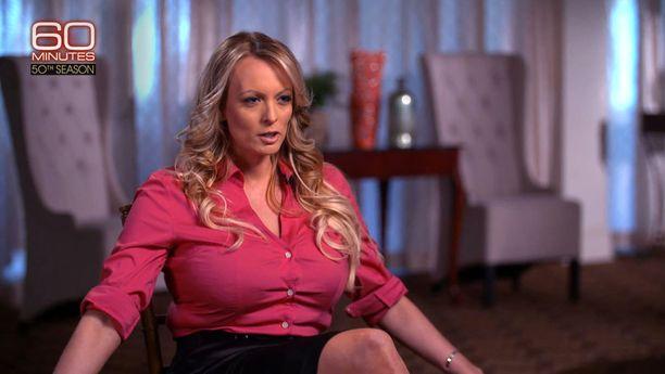 Aikuisviihdetähti Stormy Daniels, oikealta nimeltään Stephanie Clifford, kertoi seksisuhteestaan Donald Trumpiin maaliskuussa CBS-kanavan 60 Minutes -ohjelmassa.