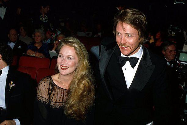 Meryl vuonna 1976 Oscar-gaalassa näyttelijä Christopher Walkenin kanssa.