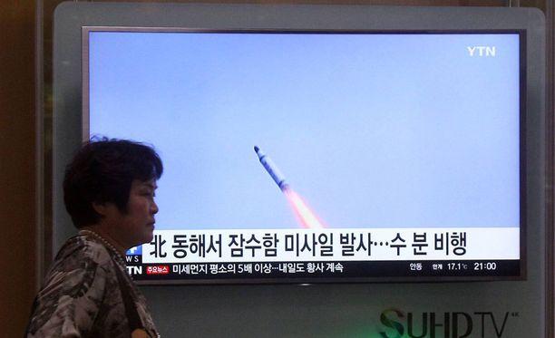 Pohjois-Korean ohjuskoetta seurattiin Etelä-Korean Soulissa huhtikuussa 2016.
