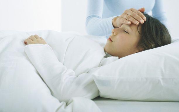 Oulussa aivokalvontulehduksen takia on hoidettu kymmeniä lapsia ja nuoria.