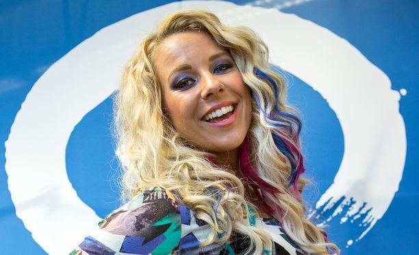 Krista Siegfrids osallistui Ruotsin Euroviisukarsintoihin myös viime vuonna.