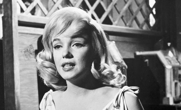 Marilyn Monroe ei ujostellut kuvauksissa.