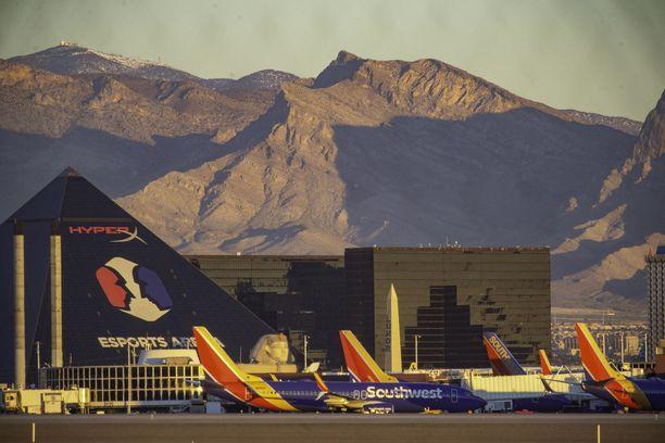 Boeing 737 MAX8- ja 9-koneet ovat nyt lentokiellossa.