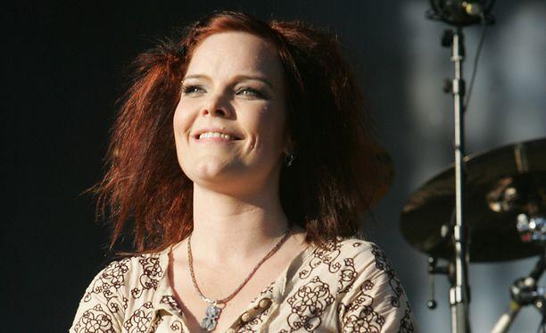 Anette Olzon Nightwishin keikalla Helsingissä 2008.