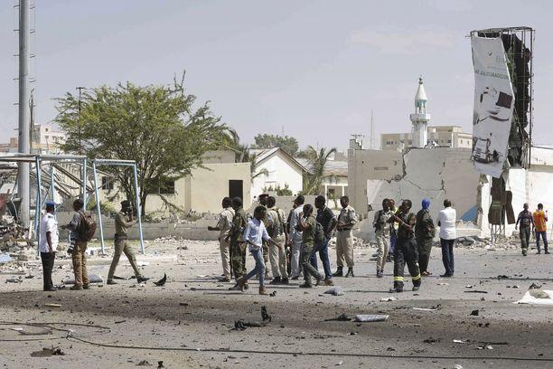 Autopommi räjähti lauantaina lähellä Somalian kansallisteatteria maan pääkaupungissa Mogadishussa.