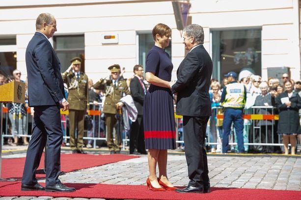 Myös Suomen presidentti Sauli Niinistö osallistui Viron presidentin Kersti Kaljulaidin emännöimiin juhlallisuuksiin.