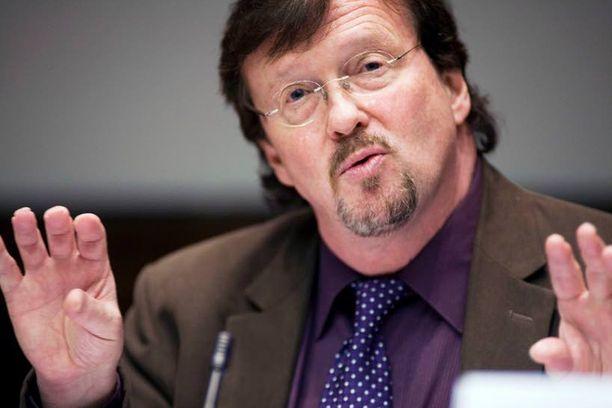 Euroalueen hajoamisen seuraukset olisivat hirmuiset myös Suomelle, Aktian pääekonomisti Timo Tyrväinen arvioi.