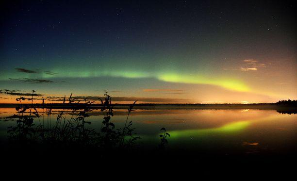 Kuva on maanantain vastaiselta yöltä Oulusta. Revontulia on ollut pohjoisessa monena yönä peräkkäin.