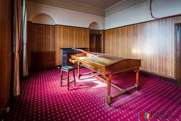 Titanicin suunnittelijan Thomas Andrewsin toimisto on palautettu entiseen asuunsa.