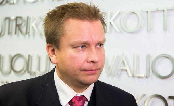 Iltalehti haastatteli Antti Kaikkosta lauantaina Seinäjoella keskustan puoluekokouksessa.