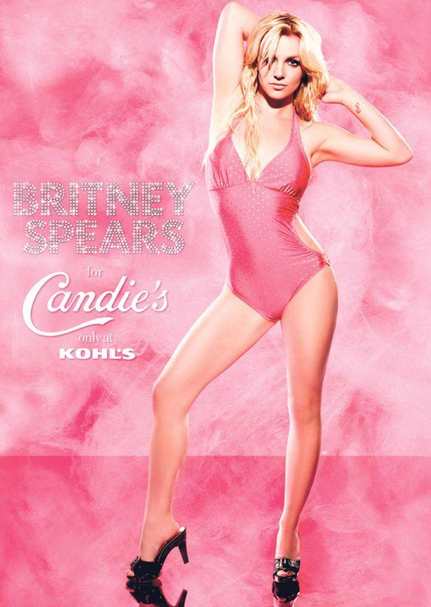 Britney vaati julkaisemaan myös käsittelemättömän kuvan itsestään.