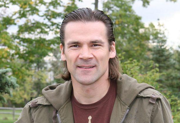 Teppo Numminen elättelee yhä toiveita ammattilaisuran jatkosta.