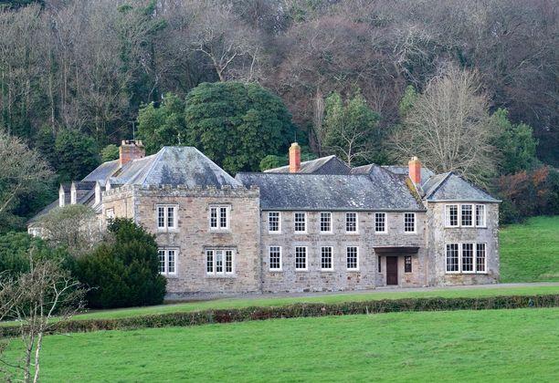 Penrose estate sijaitsee Cornwallissa Britannian lounaiskulmassa.