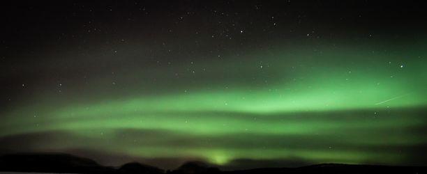 Etelä-Suomessakin nähtiin tiistain ja keskiviikon välisenä yönä näyttäviä revontulia.
