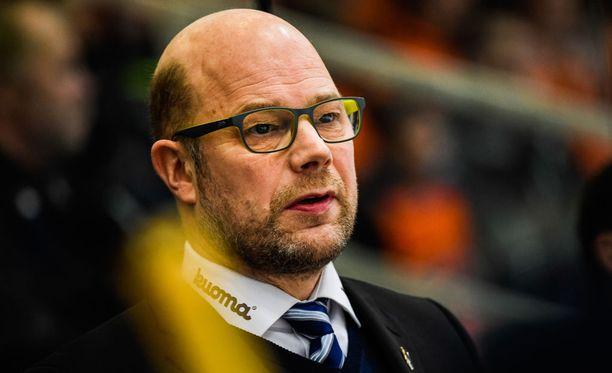 Risto Dufvan Jukurit jahtaa edelleen pudotuspelipaikkaa.