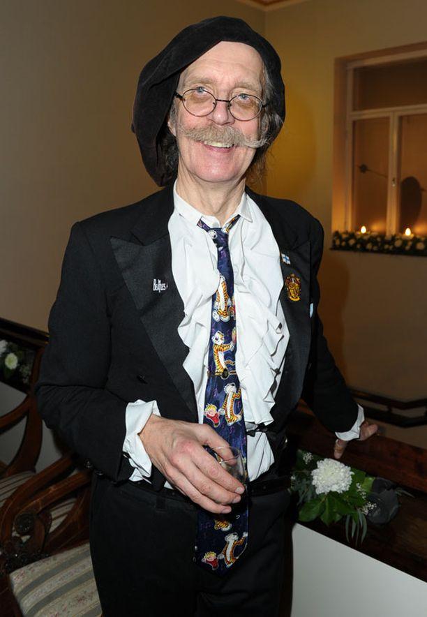 APUA Veltto Virtasen kravatti oli järkytys kaikille, paitsi ehkä Lassi ja Leevi -faneille.