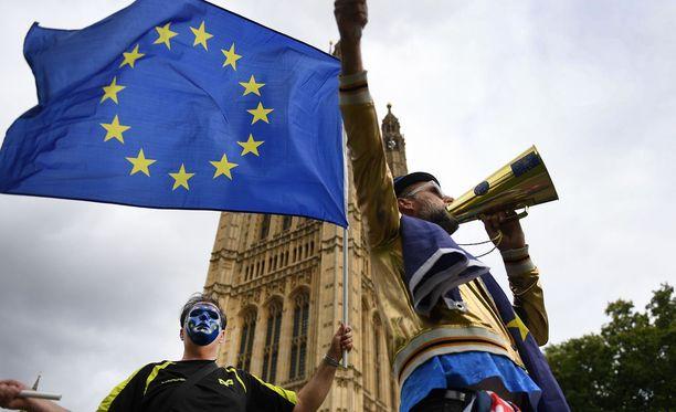 Kyseessä ei ole ensi kerta, kun Britanniassa protestoidaan Brexitiä. Kuva syyskuulta Lontoosta.