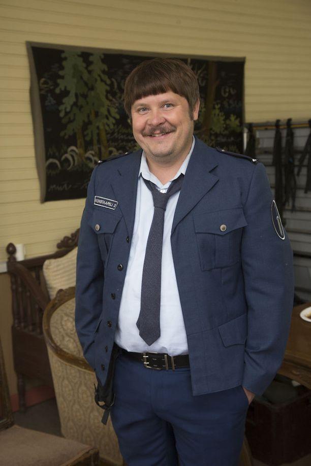 Tältä Janne Kataja näyttää Heinähattu ja Vilttitossu -elokuvassa.