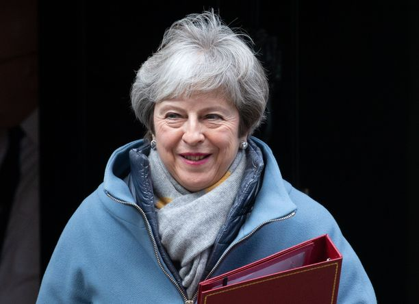 Pääministeri Theresa May pelaa nyt kovilla panoksilla.
