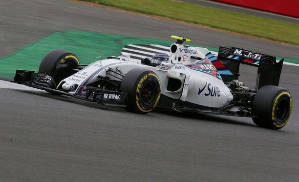 Valtteri Bottas teki itselleen melko harvinaisen virheen märällä radalla.