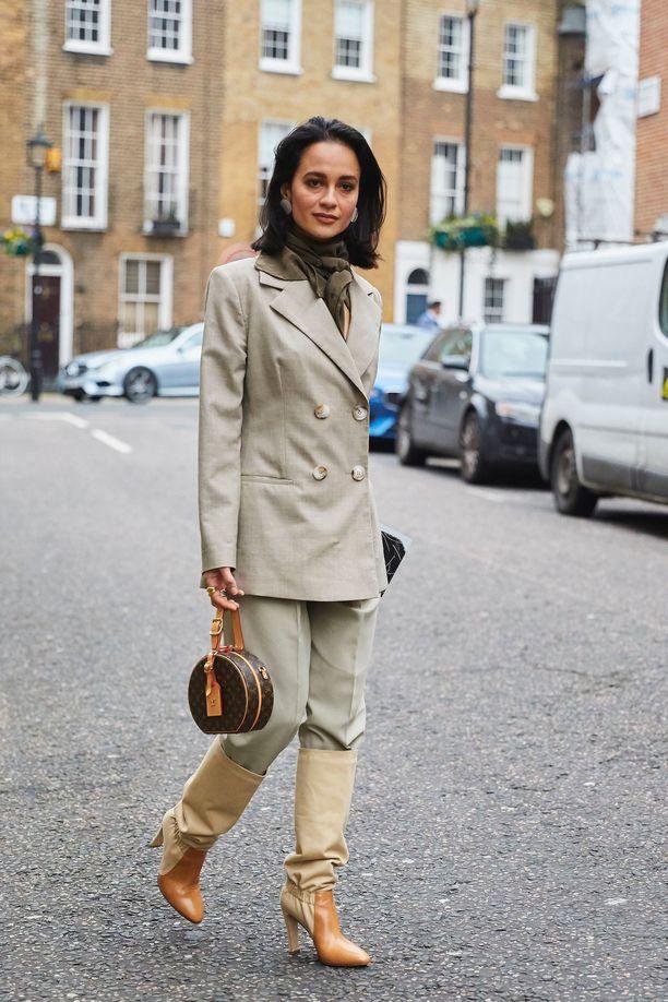 Anna Rosa Vitiello Lontoon muotiviikolla.