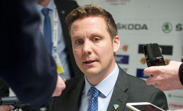 Lauri Marjamäki kertoi useita selityksiä maajoukkueen päävalmentajauransa aikana.