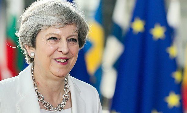 Theresa Maysta tuli Konservatiivipuolueen johtaja ja Britannian pääministeri sen jälkeen, kun EU-kansanäänestys oli johtanut pääministeri David Cameronin eroon virastaan kesällä 2016.