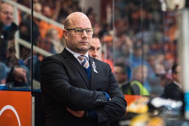 Vanha kettu Risto Dufva palasi JYPin valmentajaksi yli seitsemän vuoden tauon jälkeen.