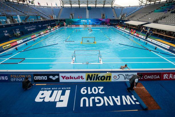 Vesipallon MM-kisoissa on nähty suurinumeroisia otteluita.