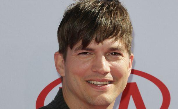 Rigan Machadon mukaan UFC-tähti Conor McGregor olisi Ashton Kutcherille vain välipala.