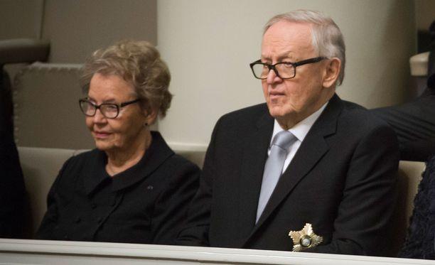 Kuvassa Eeva ja Martti Ahtisaari vuonna 2018.