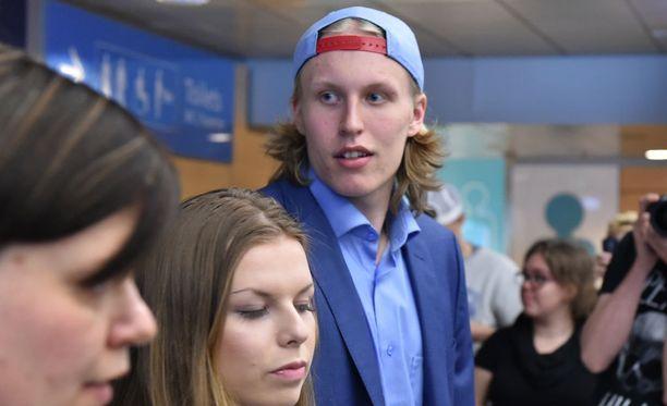 Patrik Laine joutui ottamaan takapakkia NHL-lupausten testitapahtumassa.