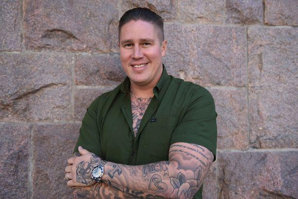 Ravintoloitsija-kokki Tomi Björck nauttii Australiassa perhekeskeisestä elämästä.
