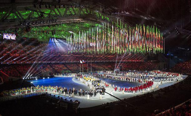 Fishtin olympia-areenan hulppeat kattorakenteet aiotaan repiä pois.